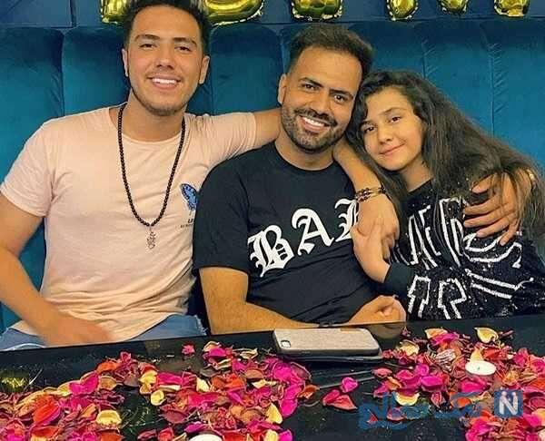 رضا شیری خواننده معروف در کنار دختر و پسرش