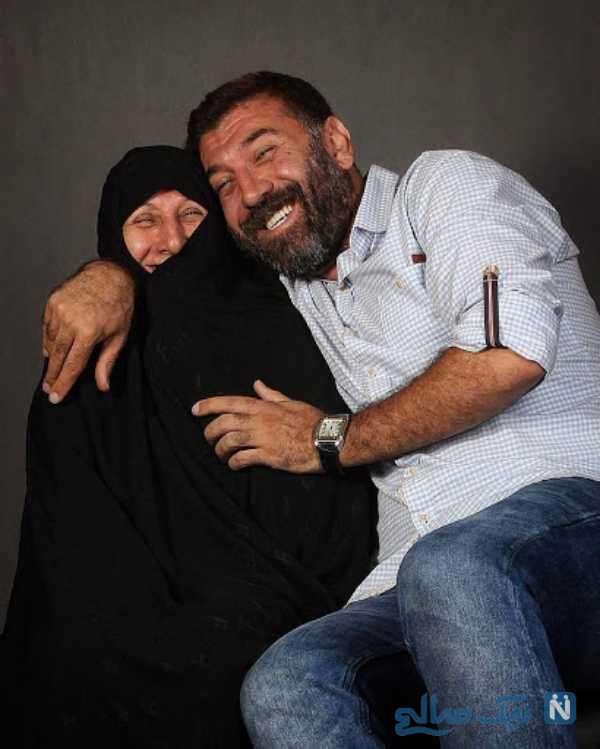 مرحوم انصاریان و مادرش