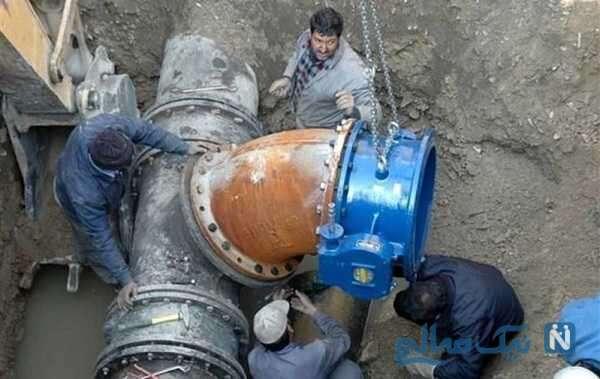 روش عجیب رسیدگی به مشکل لوله کشی آب شهری در بهبهان