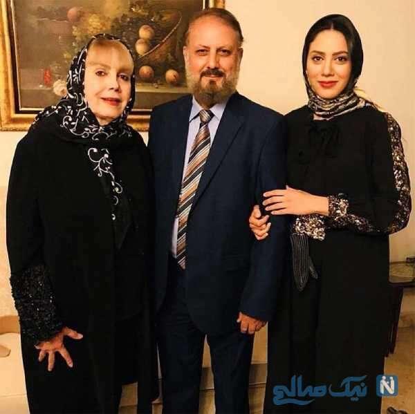 مونا فرجاد کنار پدر و مادرش