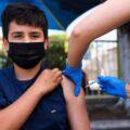 آغاز واکسیناسیون دانش آموزان ۱۵ سال به بالا در کشور