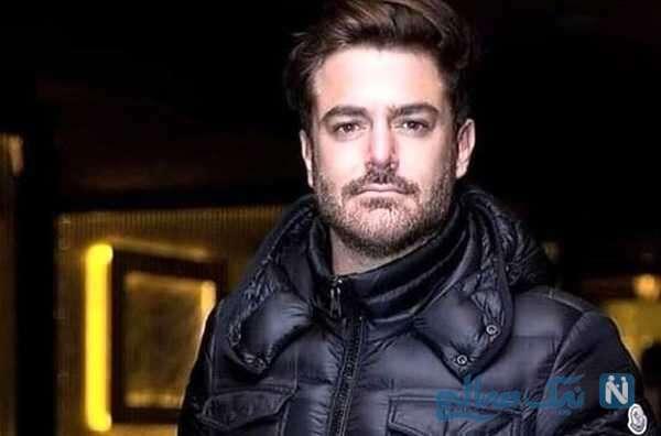 عصر گاهی بازیگر ایرانی محمدرضا گلزار در کافه ای دنج