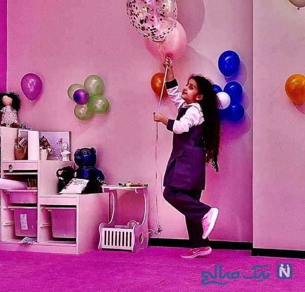 دختر محسن یگانه در روز اول مدرسه