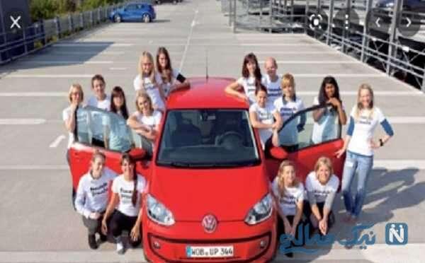 رکورد شکنی دختران جوان در یک اتومبیل