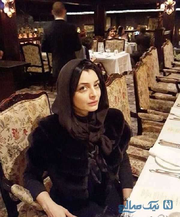 ساره بیات در رستوران لاکچری