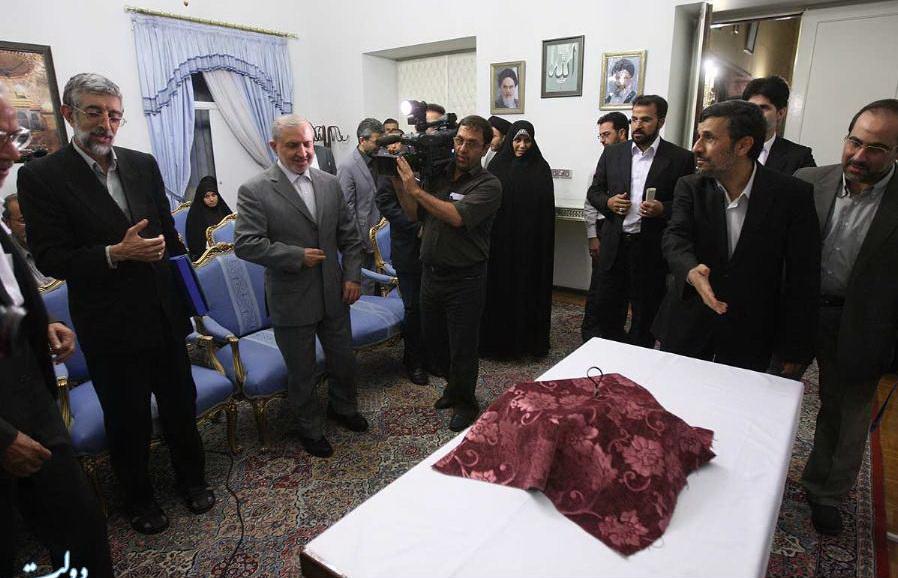 احمدی نژاد و جاسبی در یک جلسه و در کنار هم  تصاویر