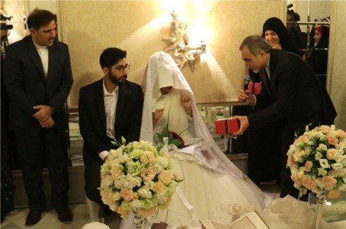 عکسهای عقدکنان زوج ماه عسلی در حضور برادر رییس جمهور و احسان علیخانی