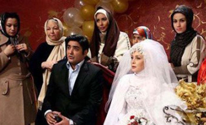 حدیث فولادوند با لباس عروس در کنار همسرش + تصاویرمتفاوت