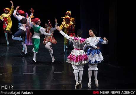 تصاویری از رقص باله دختران تهرانی به بهانه برنامه های فرهنگی+عکس