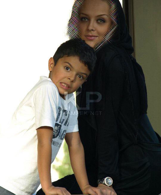 عکس : شیما نیک پور و پسرش