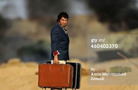 ماجرای پاسپورت جعلی رضا عطاران! +عکس