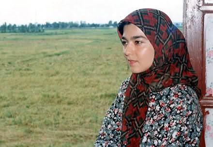 دهمین سالگرد فوت پوپک گلدره دختر دنیای شیرین دریا + تصاویر مراسم خاکسپاری