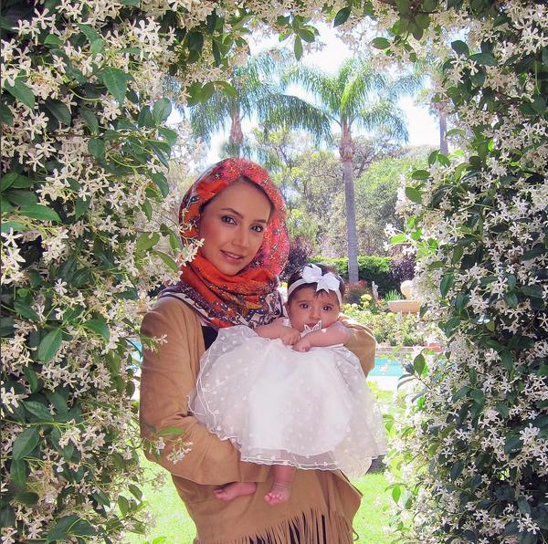 آغاز سفر نوروزی شبنم قلی خانی و همسر و دخترش شانا + تصاویر