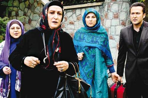 ماجرای عصبانیت مریم امیرجلالی در هنگام زیارت + عکس