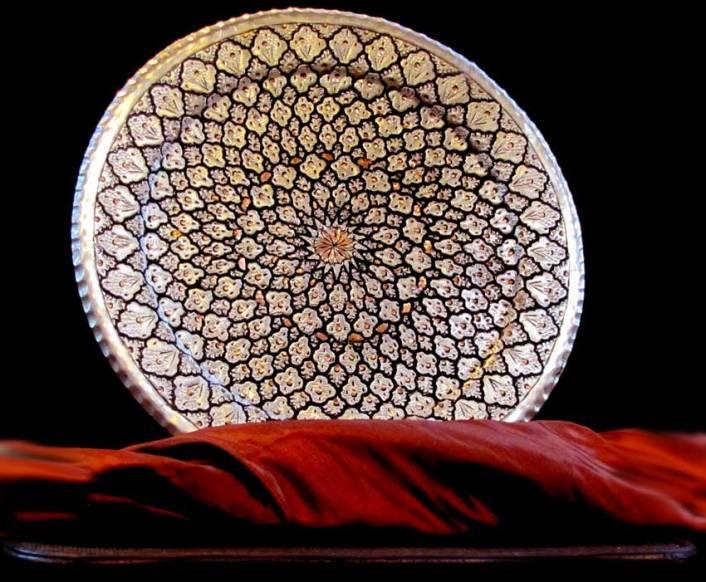 هنر قلمزنی یکی از رشته های هنرهای سنتی و تاریخی ایران!
