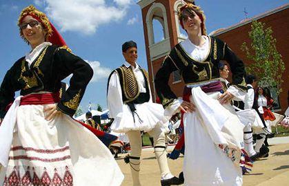 آشنا شدن با آداب و رسوم مردم کشور یونان!