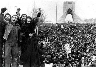 در پیروزی انقلاب اسلامی زنان ایرانی چقدر نقش داشته اند؟!