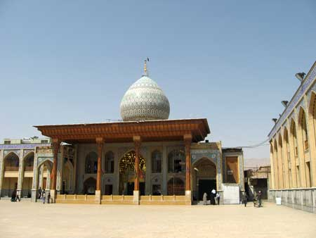 آرامگاه شاهچراغ بارگاه حضرت میر سید احمد ، برادر امام رضا (ع)+تصاویر