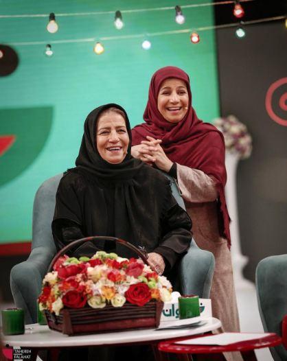 لیلی رشیدی به همراه مادرش در خندوانه!+تصاویر