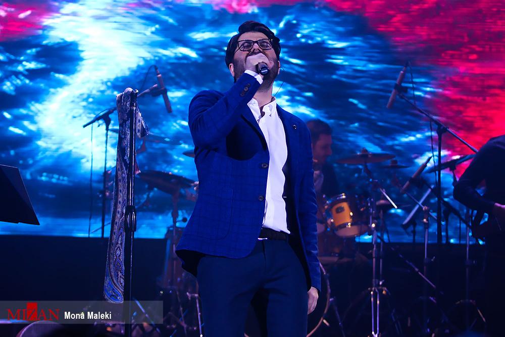 حامد همایون در لندن به روی صحنه می رود!+تصاویر