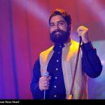 علی زندوکیلی خواننده موفق کشورمان به روی صحنه میرود+تصاویر