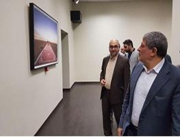 محسن هاشمی در بازدید از آثار بیش از ۷۰ هنرمند برجسته!