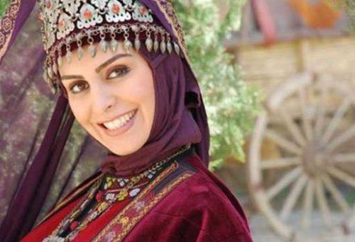 بیوگرافی ماهچهره خلیلی