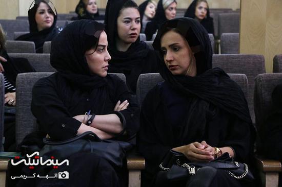 بازیگران مشهور زن در مجلس ترحیم پدر لاله اسکندری و ستاره اسکندری