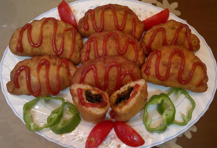 یک دستور خوشمزه و آسان برای پیراشکی گوشت! عکس