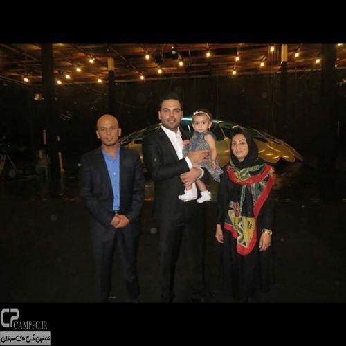 احسان علیخانی در پشت صحنه برنامه ماه عسل
