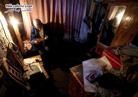 زوجی که پس از عدم توانایی خرید خانه غارنشین شدند