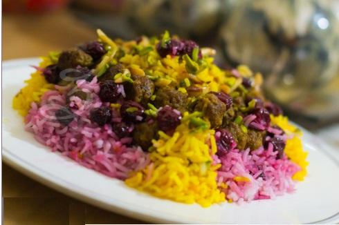 آلبالو پلوی خوشمزه بهاری