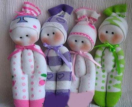 آموزش ساخت عروسکی بسیار ساده و زیبا با جوراب تصاویر