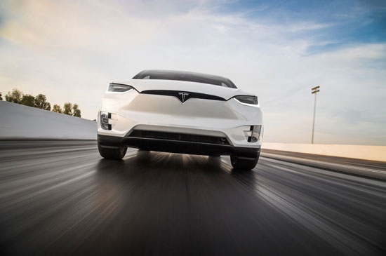 تسلاX، فول خودرویی که از آینده می آید تصاویر