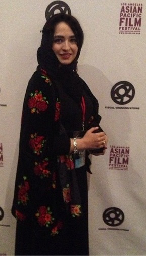 تیپ جالب بازیگر زن ایرانی در آمریکا تصاویر