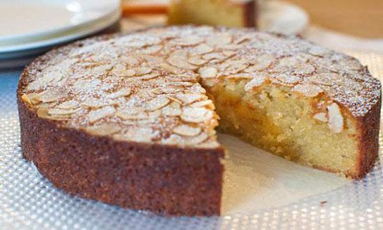 طرز تهیه کیک بادام با شربت عسل