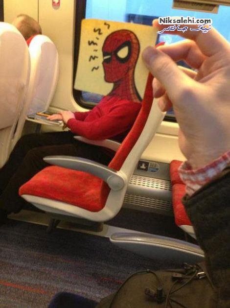نقاشی های ابتکاری یک هنرمند با کمک مسافران قطار