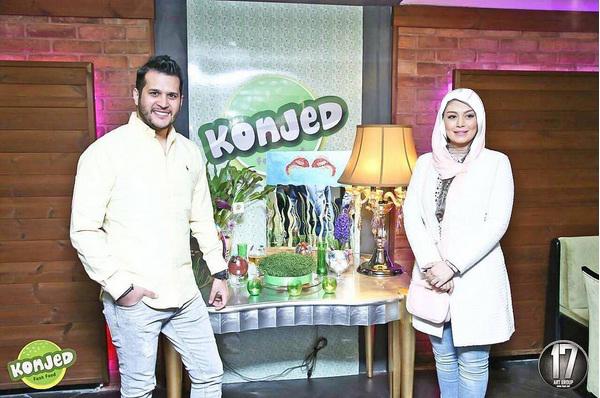 سحر قریشی و سمانه پاکدل به همراه سایر بازیگران در افتتاح فست فود سیاوش خیرابی