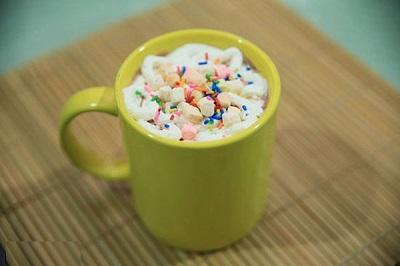 چطوری شکلات گرم را در منزل تهیه کنیم؟ عکس