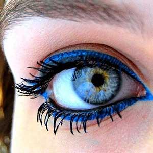 خط چشم هایی که چشمانتان را بسیار گیرا و جذاب میکنند/آموزش تصویری