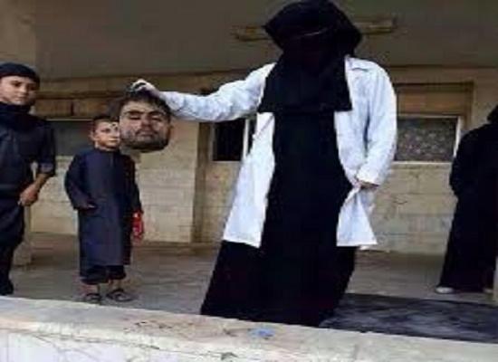 پزشک زنی که سر میبُرد عکس