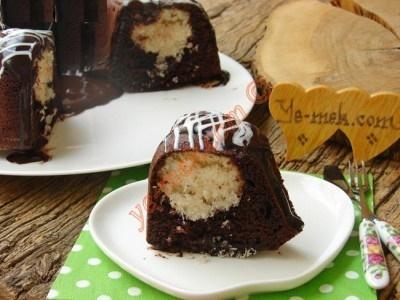 کیک سورپرایز نارگیلی به سبک ترکیه