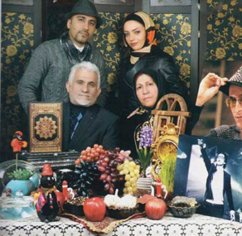 خانواده پاشایی و تازه عروسشان پای سفره هفت سینی که دیگر مرتضی را ندارد تصاویر