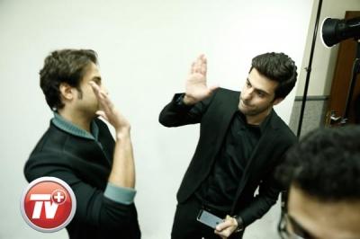 پشت صحنه حضور خبرساز بنیامین بهادری در برنامه علی ضیا تصاویر