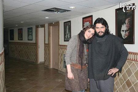 الیکا خانم عبدالرزاقی سر بر شانه برادرش بورژین عبدالرزاقی عکس
