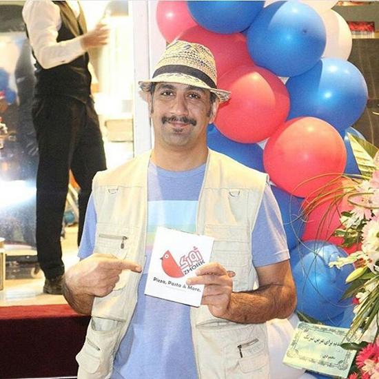 عکس های و زندگینامه کامل محمد نادری خالق جناب خان در برنامه دورهمی