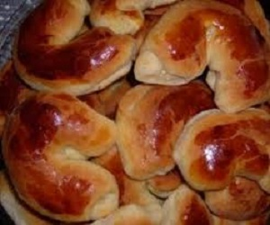 نان میان پر خوشمزه به شکل ماه! عکس