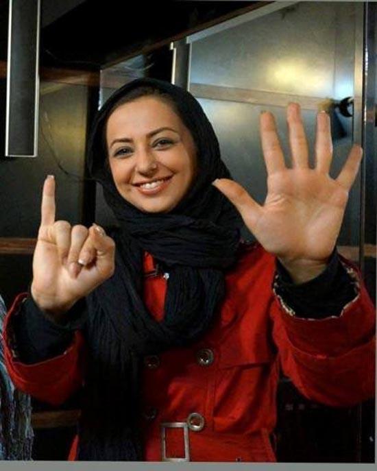 یک بازیگر زن معروف دیگر پرسپولیسی برای استقلالی ها کری خواند  عکس