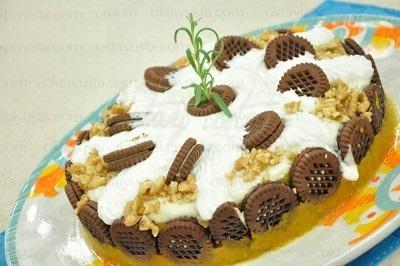 کیک کدو حلوایی بیسکویت دار
