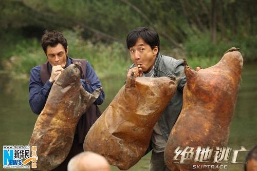 بازی کردن جکی چان 63 ساله در یک فیلم اکشن! تصاویر